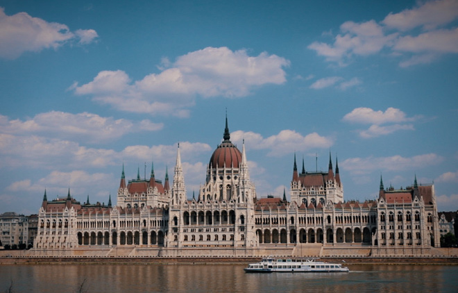 Parlement-Budapest-Hongrie-2021